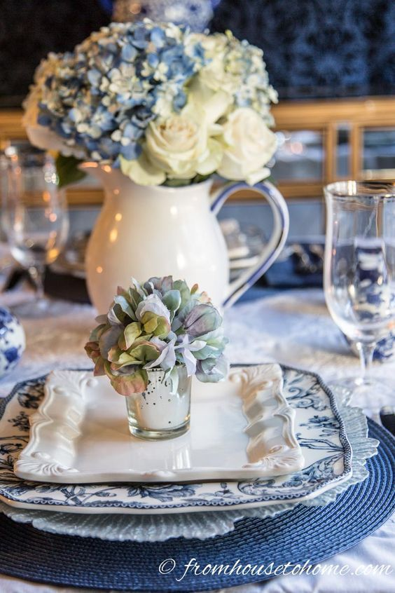 Pin by marilyn on Pretty Place Settings | Pinterest | Tablescapes ...