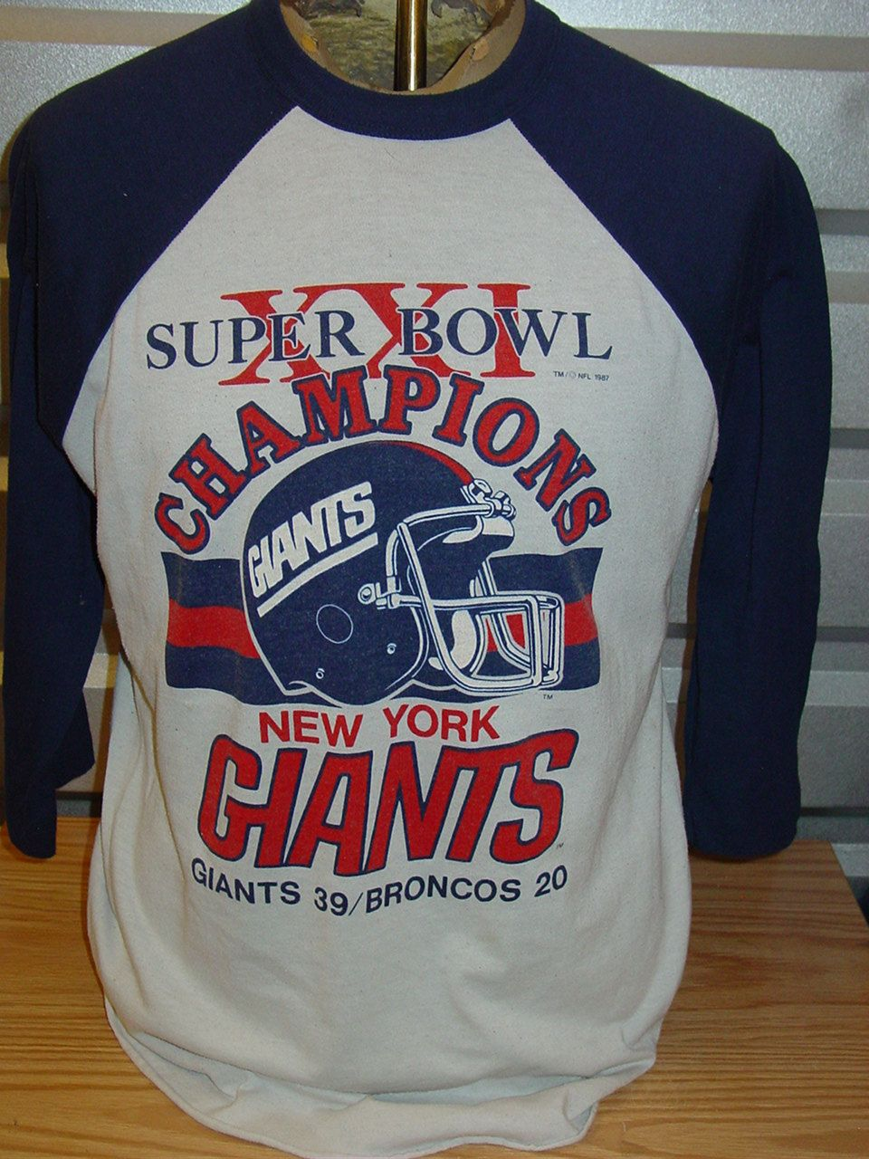 4f883cd88 vintage 1987 New York Giants super bowl NFL football t shirt XL by  vintagerhino247 on Etsy