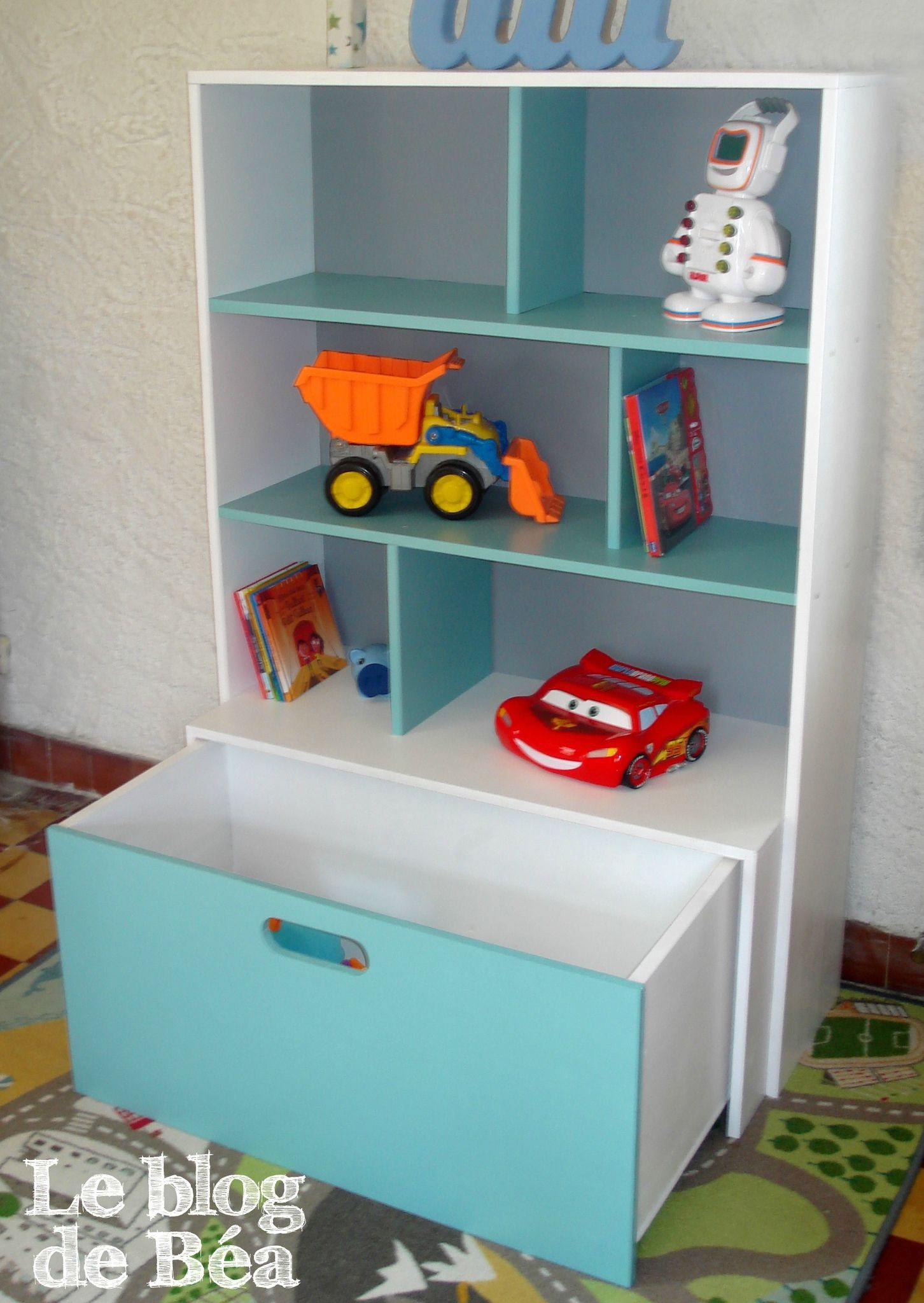 DIY étag¨re pour chambre d enfant et coffre  jouets