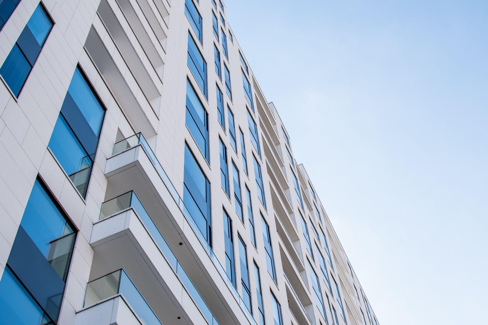 Provisionsfrei Exklusive Eigentumswohnung Im Frankfurter Europaviertel Weitere Informationen Unter Eigentumswohnung Wohnung Kaufen Haus Verkaufen