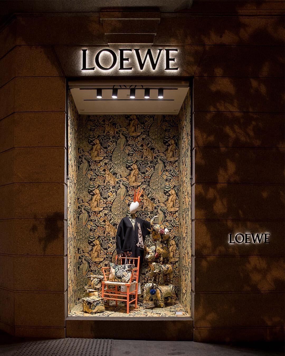 Loewe Madrid Spain William Morris Meets Punk Pinned By Ton
