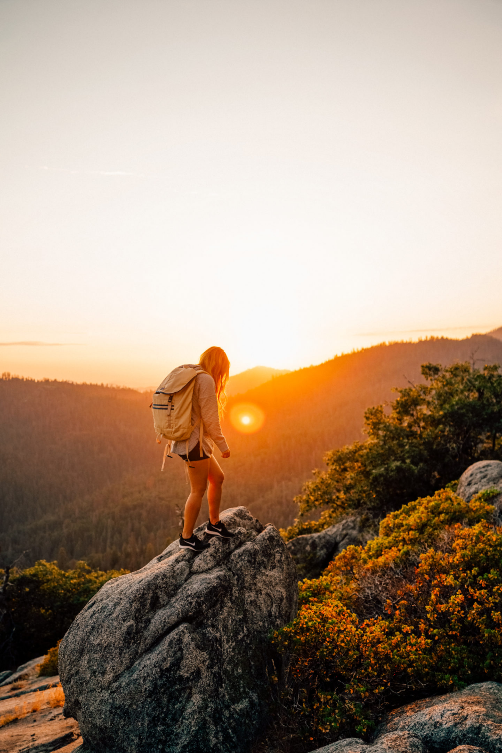 Summer Hiking in Sequoia National Park - Finding Jules  Backcountry, Gearheads, Patagonia, Sequoia National Park, Sequoia, National Parks, Summer Hiking, California, Visit California, Cute Hiking Outfits, Casual Hiking Outfit