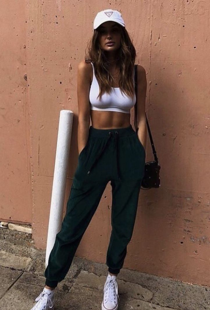 Pin by Tay Tay on Fashion | Sporty outfits, Athleisure