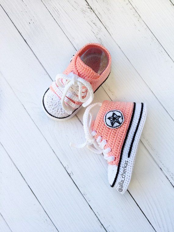298412b2715d Crochet Converse All star baby booties Crochet Converse