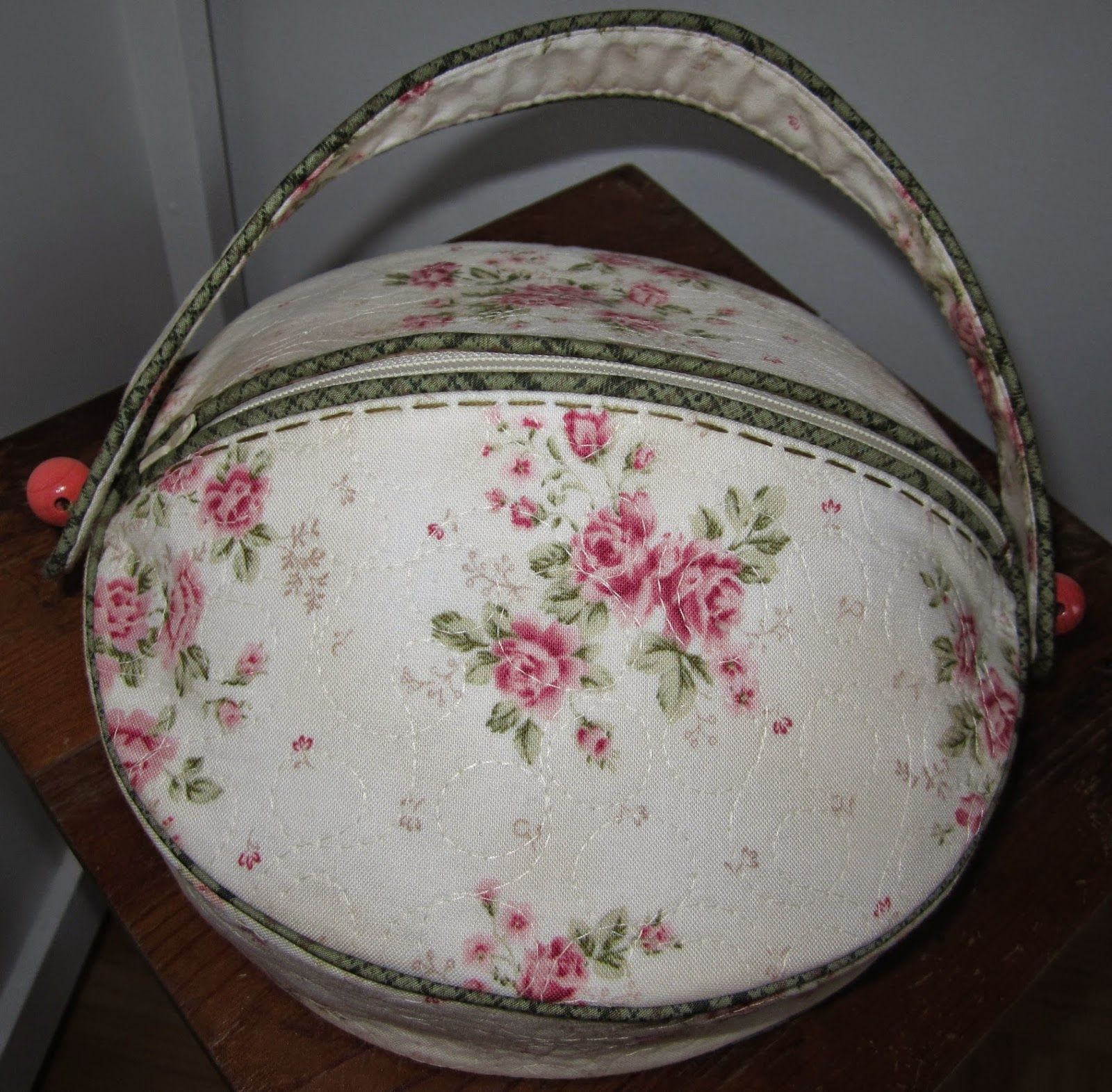 Really love this sewing bag!