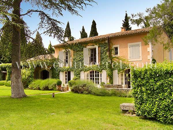 Beautiful farmouse in Provence to let for your holidays Beau mas de - location vacances provence avec piscine