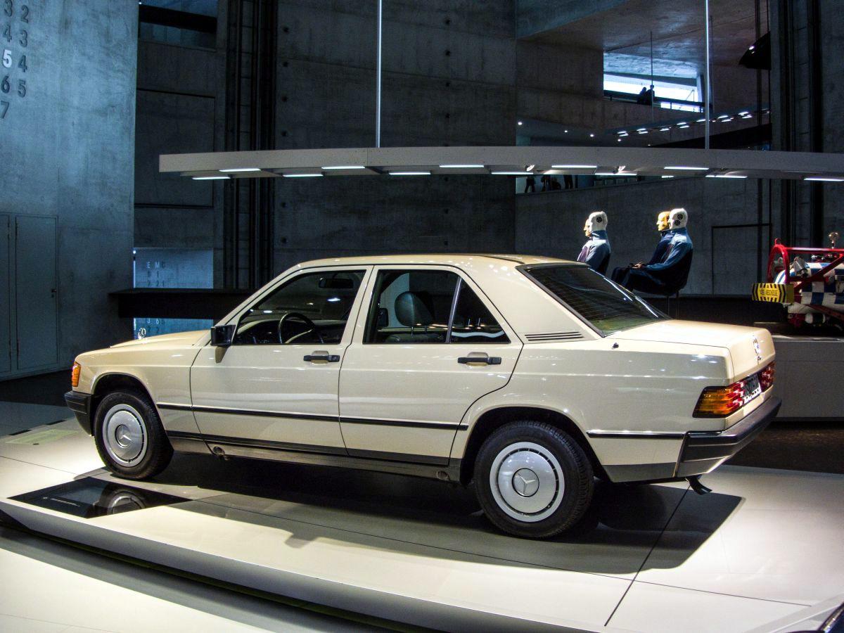 Cars mercedes benz 190e w201
