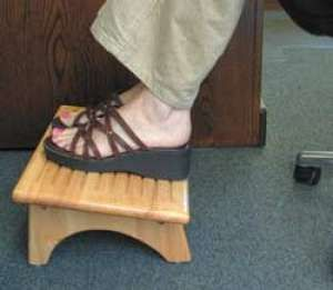 Foot Rest For Rv Or Home Or Work 17 2254 By Ppl Foot Rest Footstool Feet