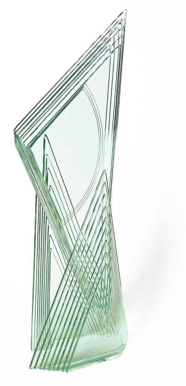 Galleria Marelia - Kimura Yumiko, BP032012, 2012, collage a raggi UV di vetro multistrato, cm 16,5x45x10,7