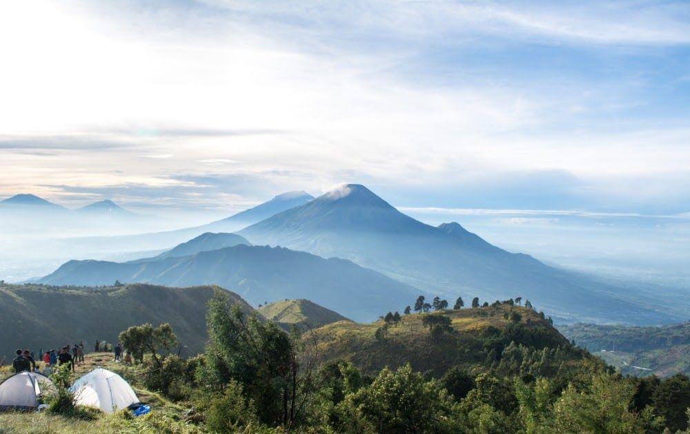 31 Pemandangan Alam Jabar Sungguh Pemandangan Yang Luar Biasa Mulai Dari Wisata Kuliner Tradisional Hingga Kekinian Semuanya Ada Di 2020 Pemandangan Pantai Lanskap