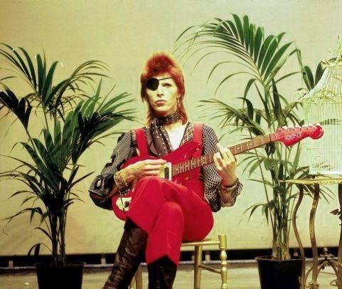 Bowie (via Super 70's).