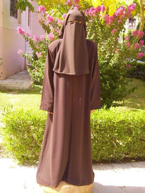 Farasha Saudi Abaya Islamic Clothing Jilbab With Images Saudi Abaya Islamic Clothing Abaya