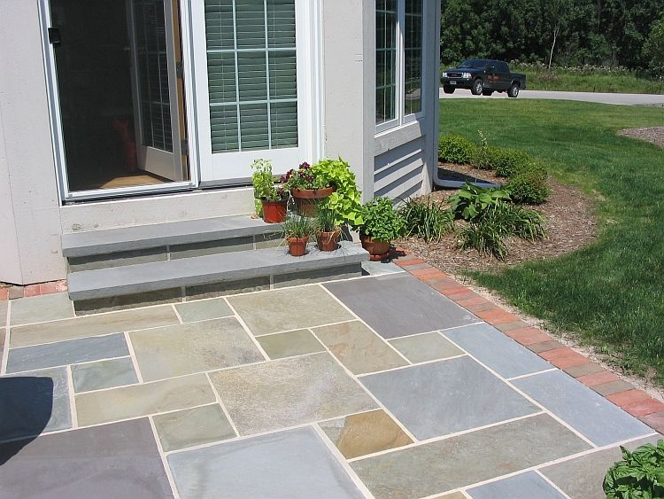Pattern BLuestone Patio With Brick Edge 2.JPG 750×563 Pixels