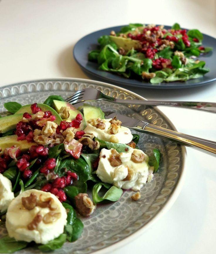 avocado ziegenk se salat mit granatapfel lecker pinterest salat salat mit ziegenk se und. Black Bedroom Furniture Sets. Home Design Ideas