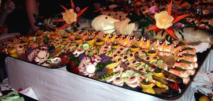 Banquete de fiestas comida paname a banquetes para - Comida cumpleanos infantiles ...