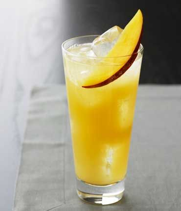 Mango Collins, alcohol never looked so good.