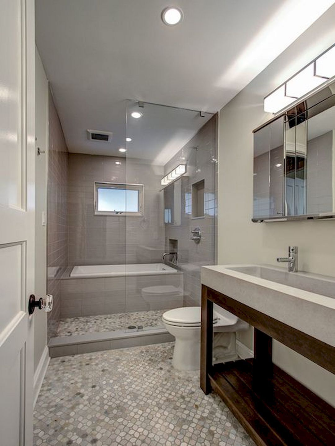 Long Narrow Bathroom With Tub