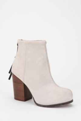 Jeffrey Campbell Suede Rumble Boot Urbanoutfitters Tips