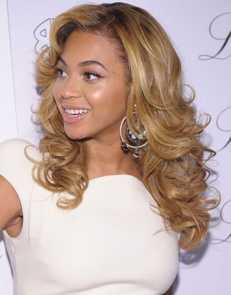 Beyonce Knowles Diamond Hoops Beyonce Hair Hair Styles Hair Looks