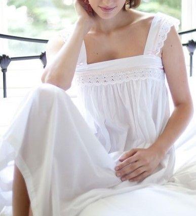chemise de nuit de luxe en coton avec broderie anglaise chemise de. Black Bedroom Furniture Sets. Home Design Ideas