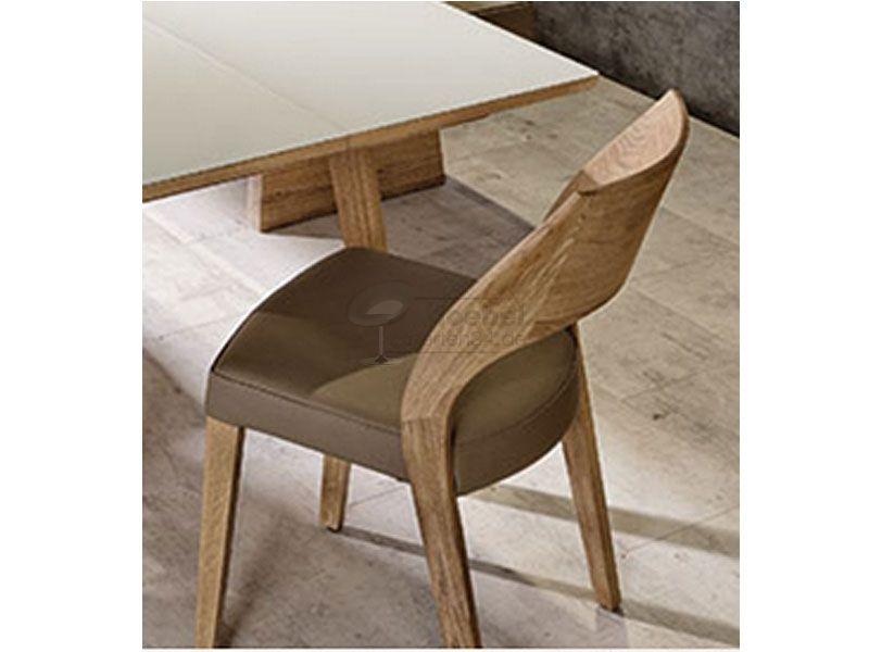 Voglauer Stapelbarer Stuhl Mit Gestell Aus Wildeiche Und Lederbezug Stuhle Mobel Shop Polsterstuhl