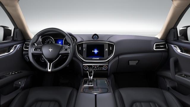 black seats with light headliner ghibli maserati car configurator