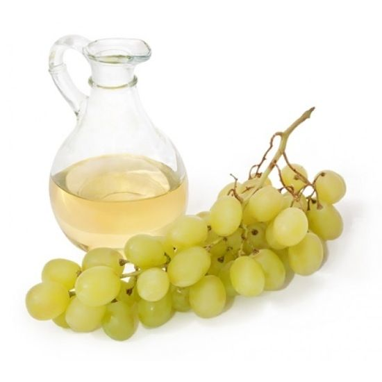 Mix grapeseed oil with a little rough, ground pepper. That can help acne-prone skin be a little bit less acne prone. #homeremedies #acne #skincare #beauty