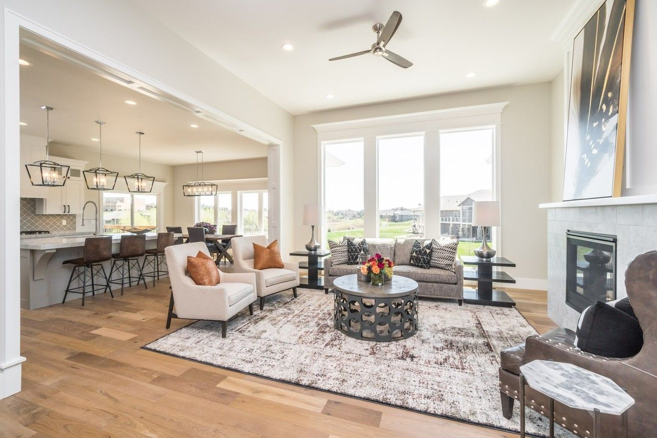 In Sioux Falls, Million-Dollar Homes on the Prairie   Home, The o ...