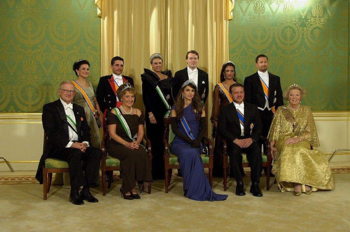 Princess Rahma, second from the right in the back row, during a state visit to the Netherlands in 2006.