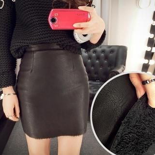 Black 'PINZIKO – Faux Leather Fur Lined Zipper Mini Skirt @ YesStyle $35 LOVE