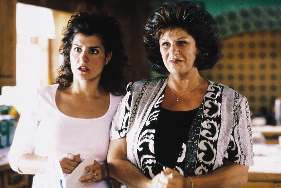 the man is the head but the w is the neck and she can turn  have you been wondering what the wacky family at the center of the smash indie hit my big fat greek wedding has been up to if so you re in luck because
