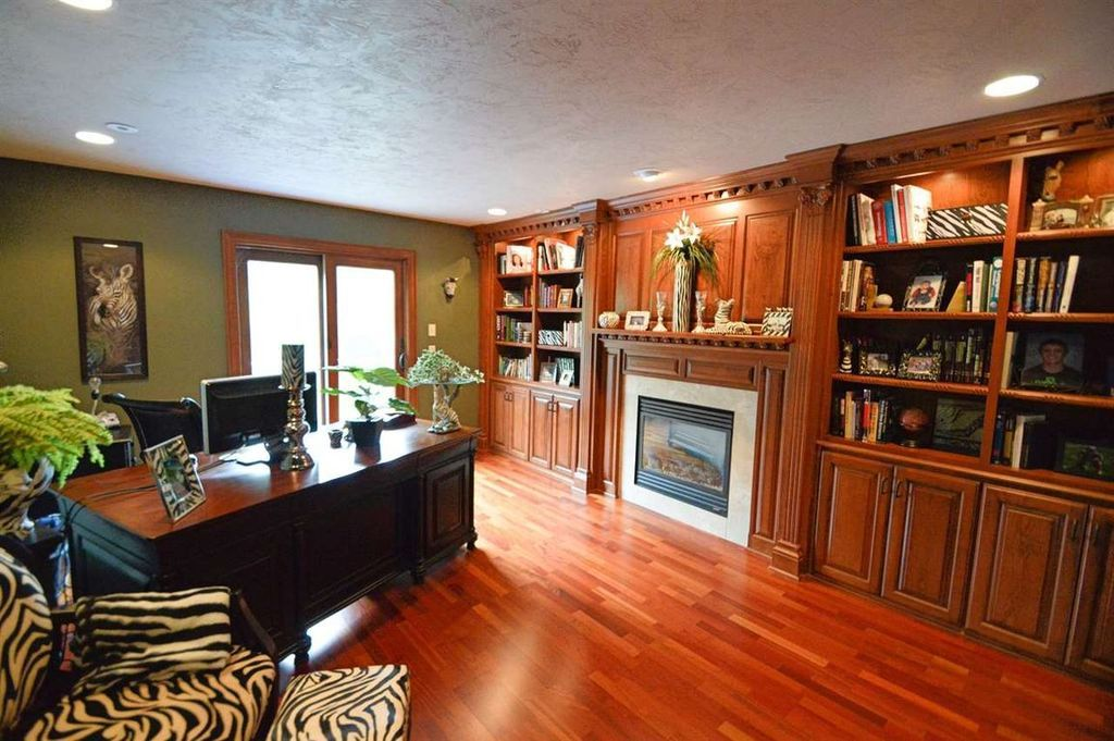 4739 Waterstone Ct, Appleton, WI 54914 (With images