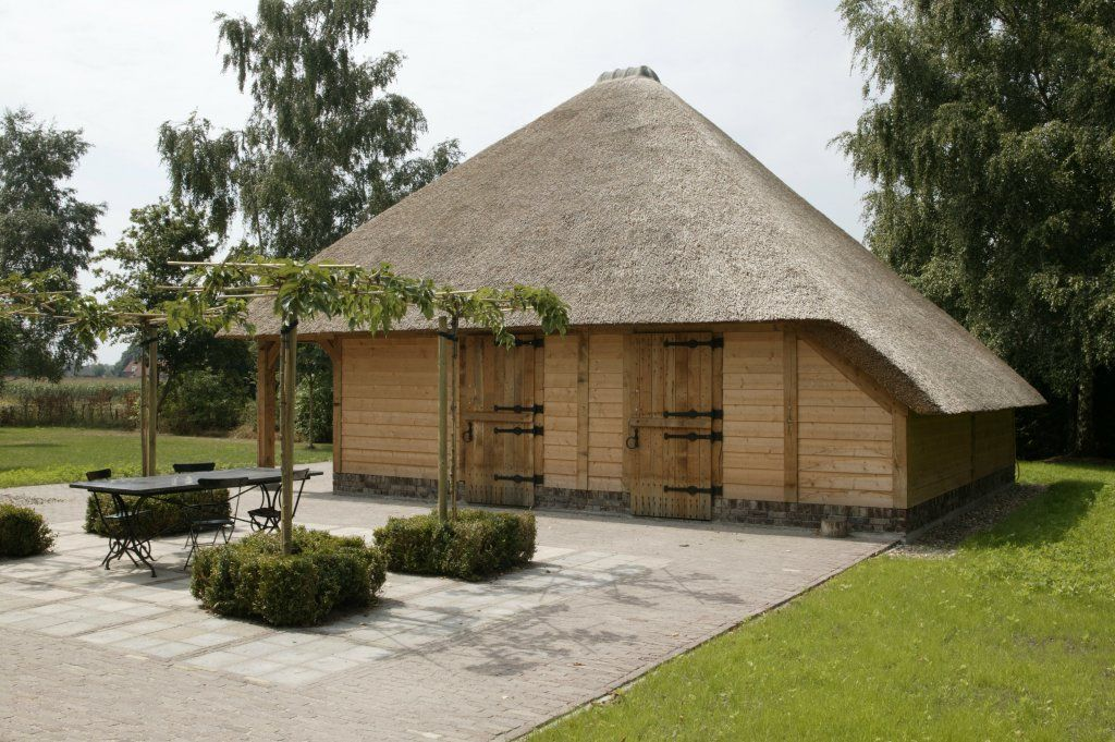 rieten-daken   Eiken bijgebouwen / carport   Pinterest   Architects