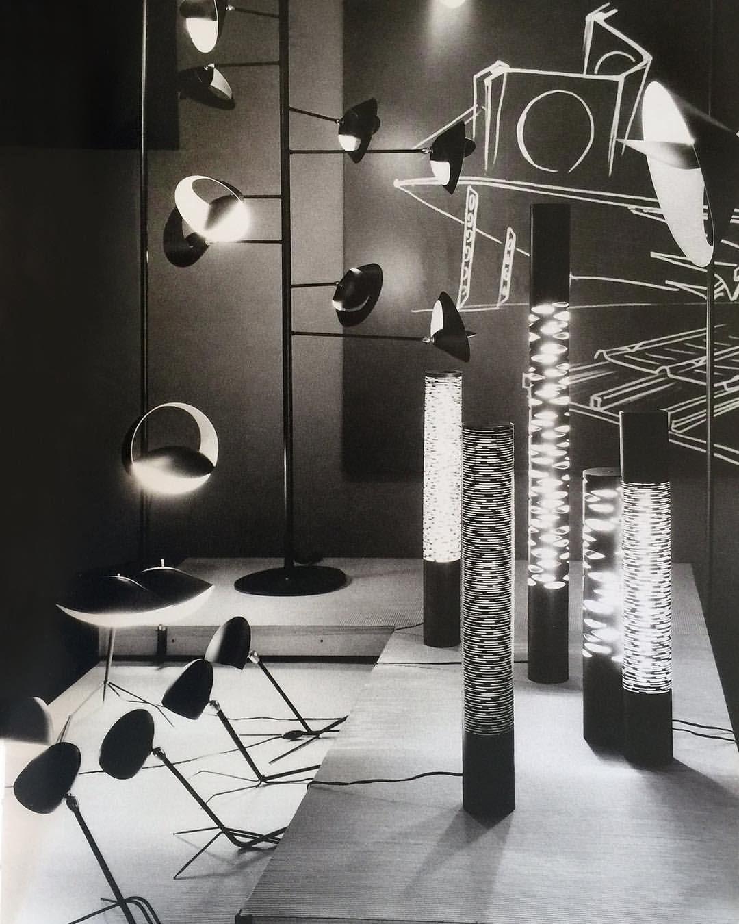 Dc Hillier A 1957 Promotional Image By Galerie Steph Simon Showcasing Lighting By Designer Serge Mouille In 2020 Graphik Skulpturen Malerei