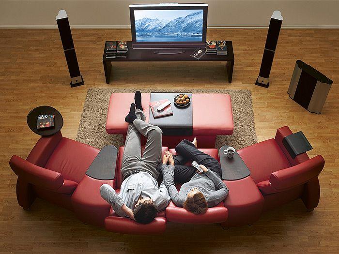 siillones stressless reclinables de cuero en color rojo vino perfectos para tu teatro en casa. Black Bedroom Furniture Sets. Home Design Ideas
