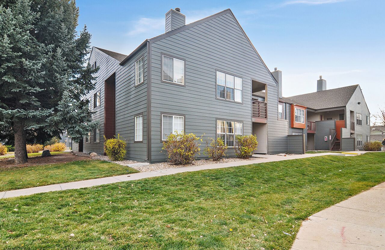 Welcome Home To The Habitat Fortcollins Our Community Offers Spacious One And Two Bedroom F Fort Collins Apartments Bedroom Floor Plans Apartments For Rent