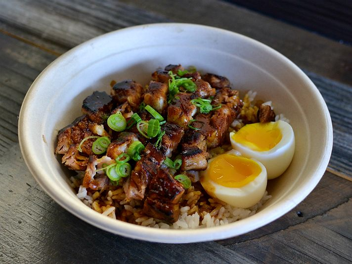 Top 10 Filipino Restaurants In Los Angeles Asian Fusion Recipes Restaurant Recipes Foodie Spots