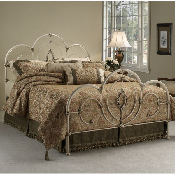 Hillsdale Victoria Bed Set (Off-White (Beige) - King) Bed sets and
