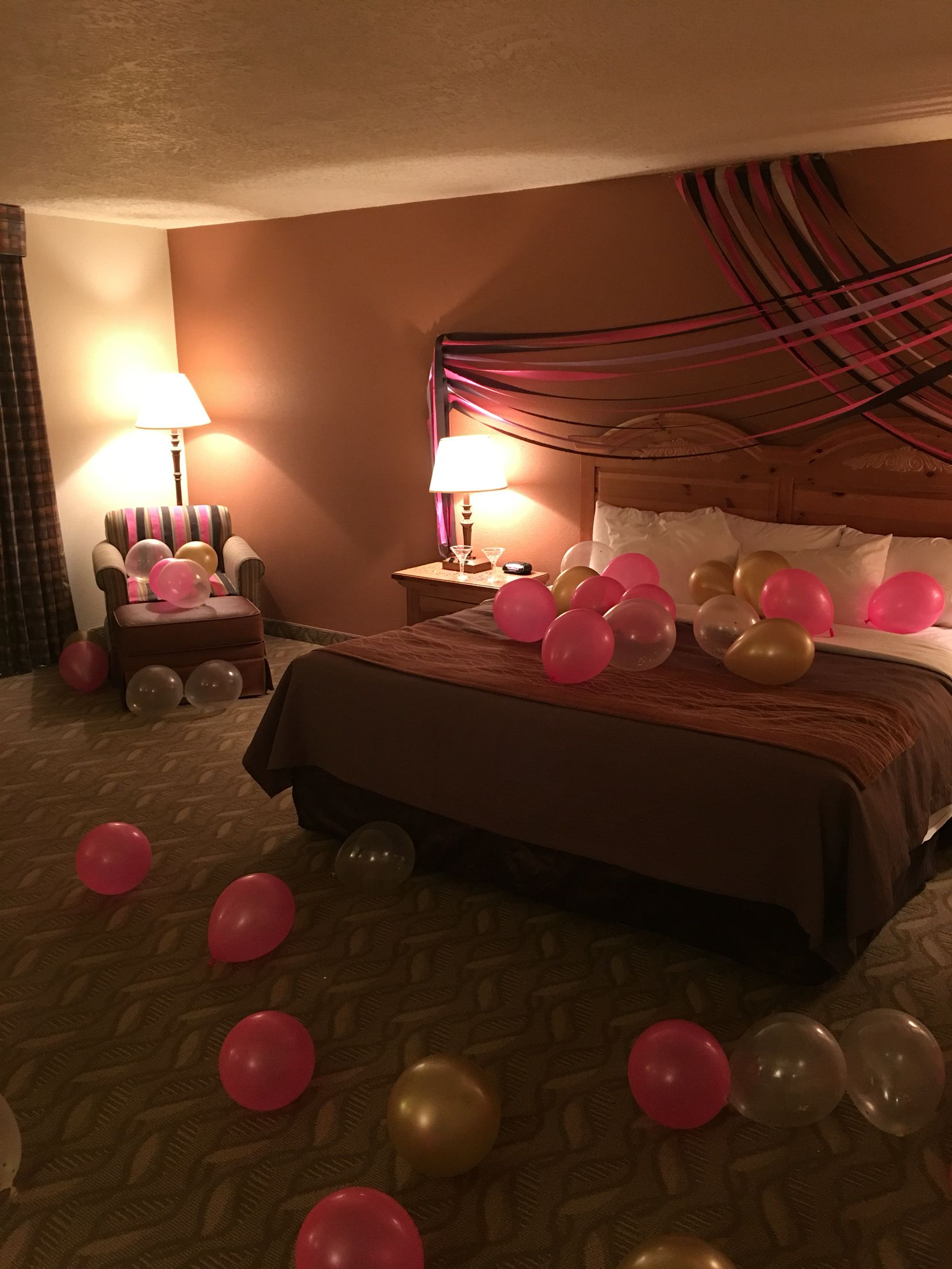 Surprise birthday hotel decor for my best friend for Room decor ideas for birthday