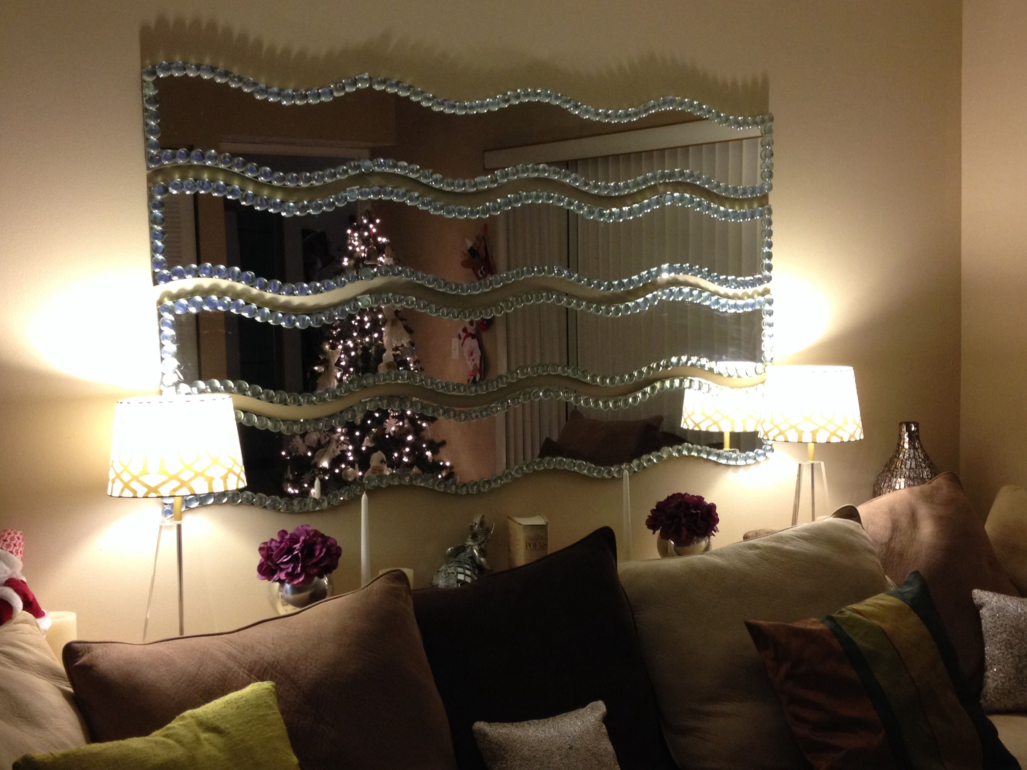 Ikea krabb mirrors jazzed up with flat clear marbles for Miroir krabb ikea