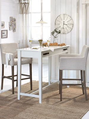 Barhocker Mit Tisch Dekoration In 2019 Table Chairs Table