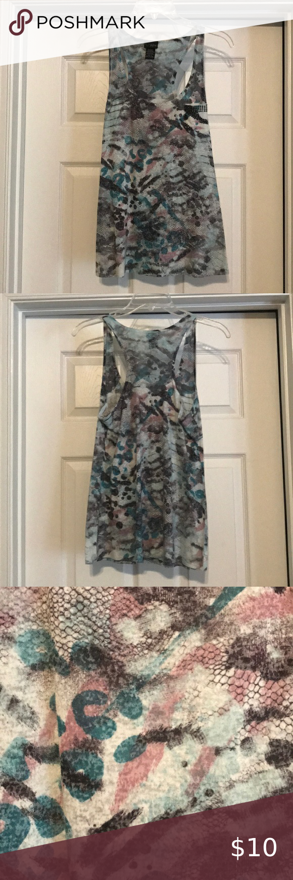 Tank Top from Buckle Tank Top from Buckle - great condition - smoke free home - asking $10 Daytrip Tops Tank Tops