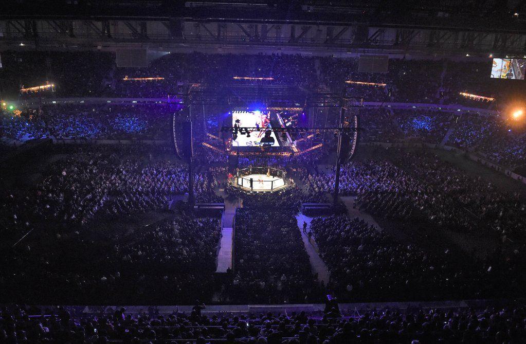 "UFC on Twitter: ""UN. FORGETTABLE. Curitiba, Brazil - THANK YOU!! Until next time .. #UFC198 https://t.co/kKVtV9rEHo"""