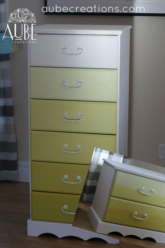commode haute 6 tiroirs d grad e de jaune par aubedesign sur etsy cr ations aube. Black Bedroom Furniture Sets. Home Design Ideas