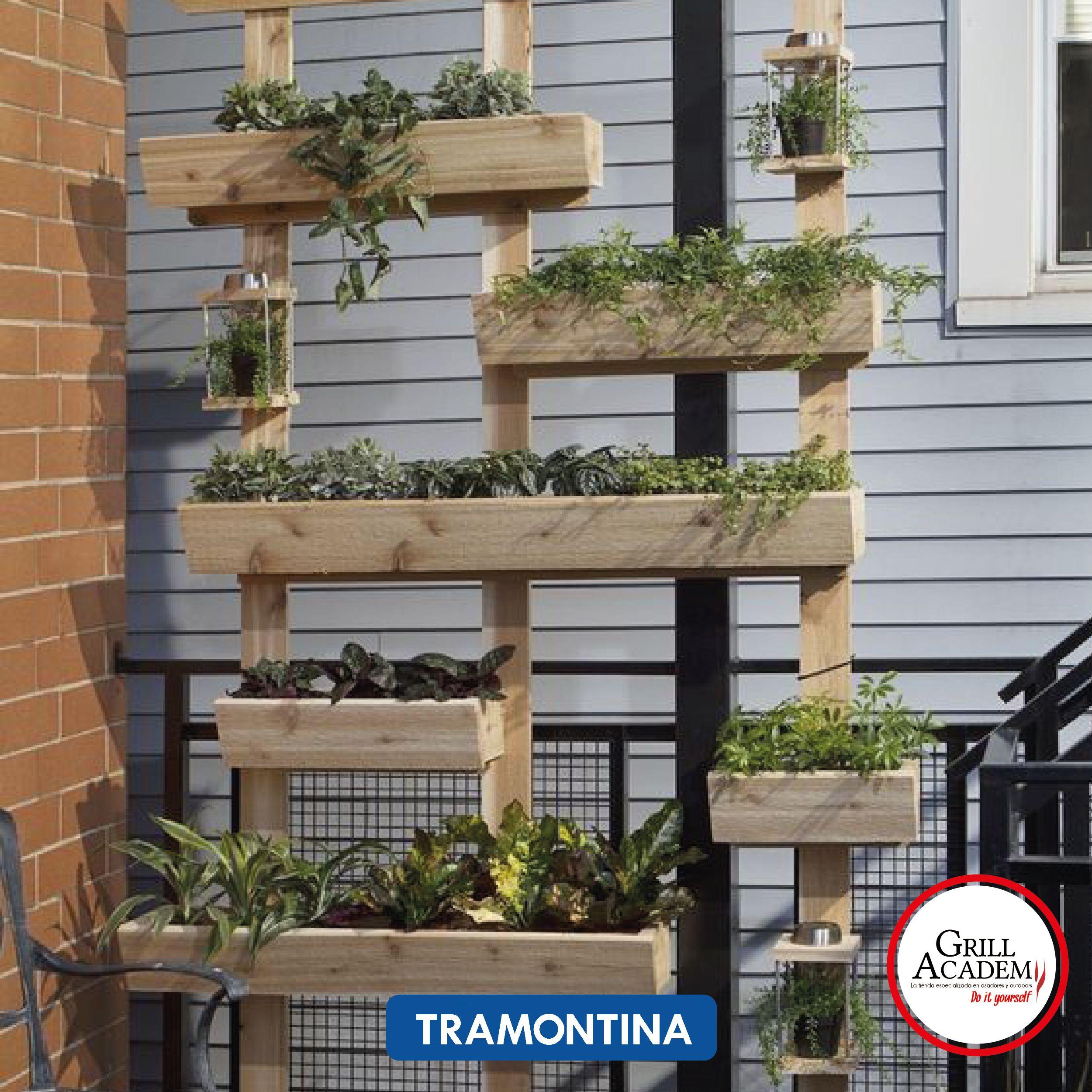 Hoy con #Tramontina una idea única para organizar un pequeño jardín en tu apartamento con nuestro instrumentos #Diy #MomentosGrillAcademy #HazloTuMismo Foto: pinterest
