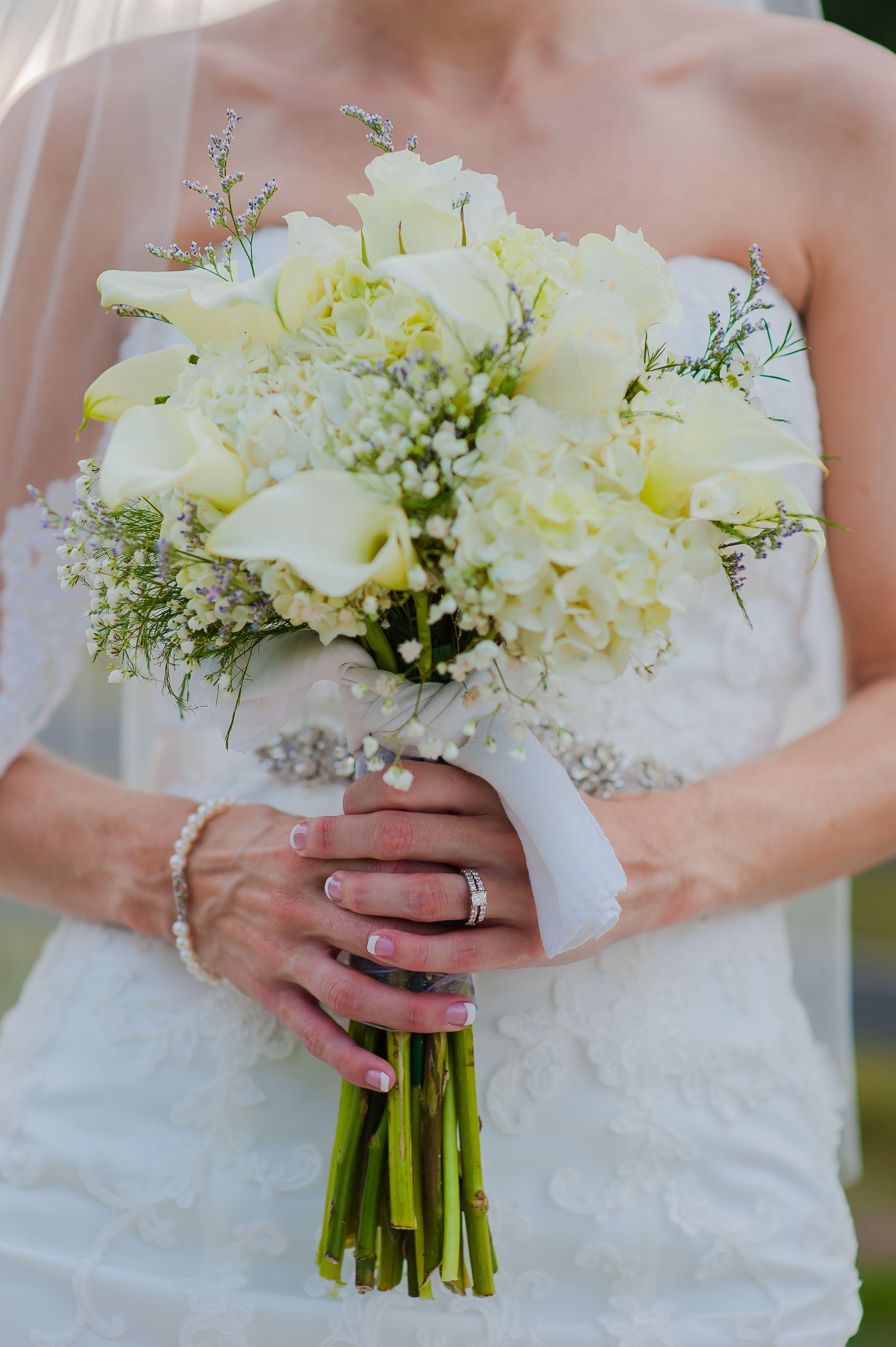 All White Calla Lily Hydrangea And Baby S Breath Bouquet Calla Lily Bridal Hydrangeas Wedding White Bridal Bouquet Hydrangea