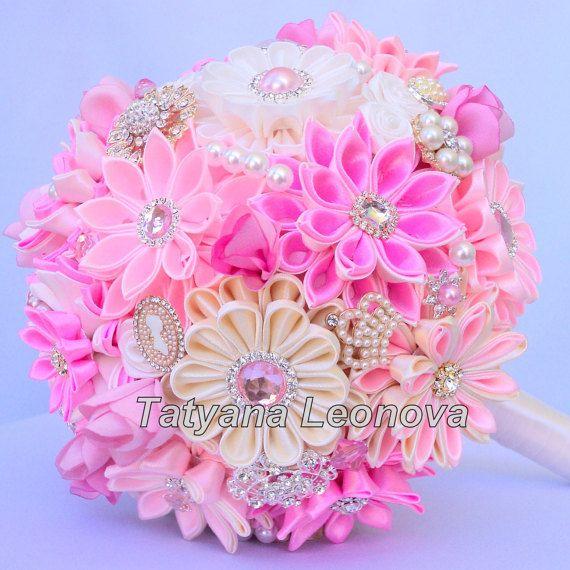 """Ramo de la boda, ramo broche """"Ginebra"""" rosa, marfil y beige"""