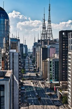 Paulista Avenue, São Paulo, Brazil - For more travel inspiration visit www.travelerhype.com #travel #saopaulo #brazil