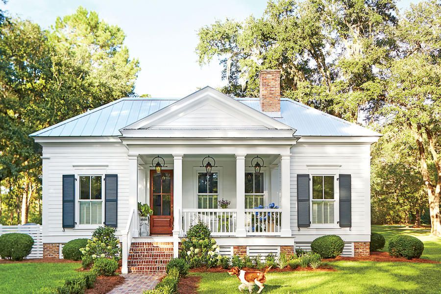 Our New Favorite 800 Square Foot Cottage That You Can Have Too Cottage Exterior Small Cottage Homes Cottage House Plans