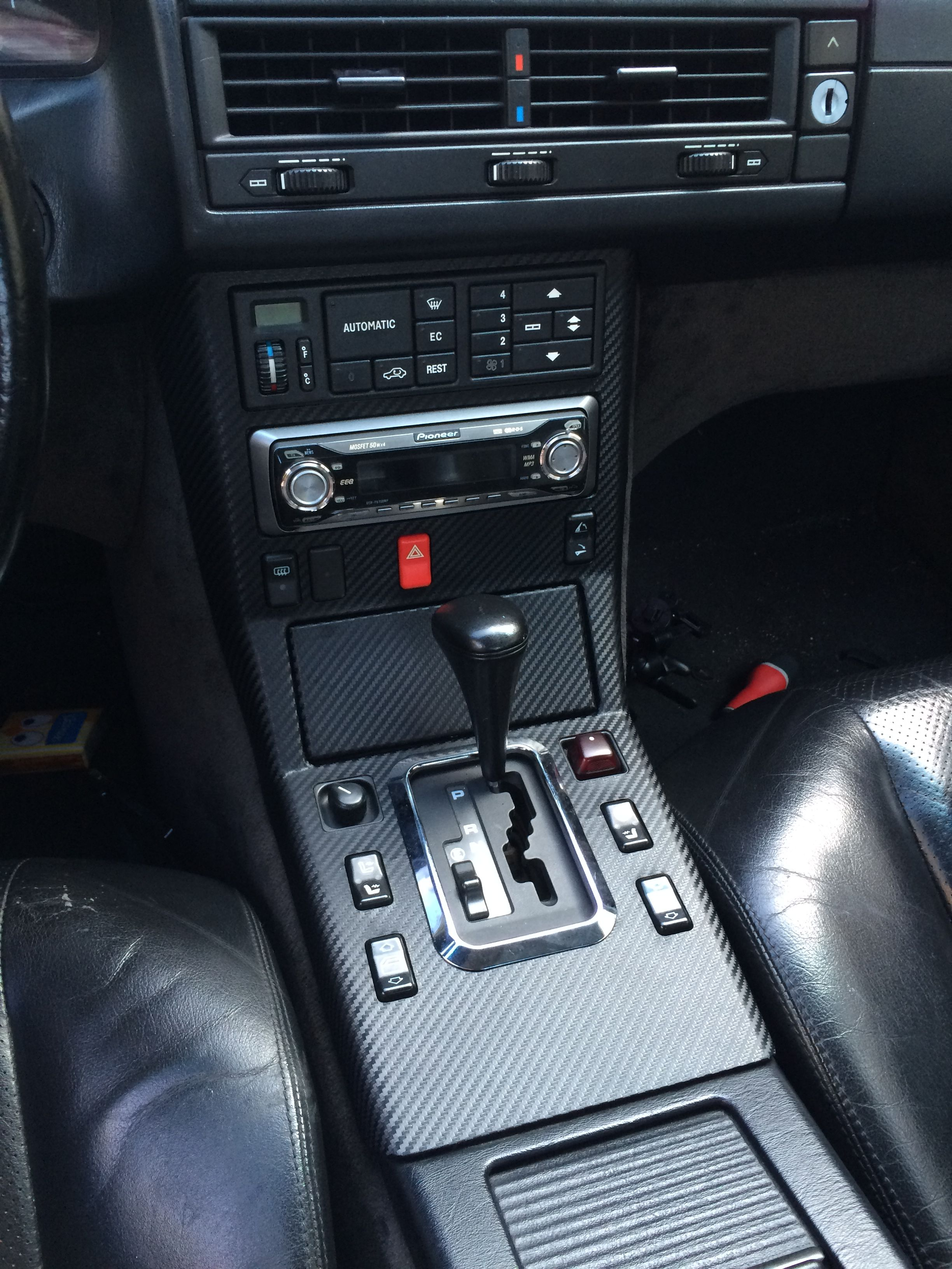 Mercedes SL R129 interior  Carbon look middle console